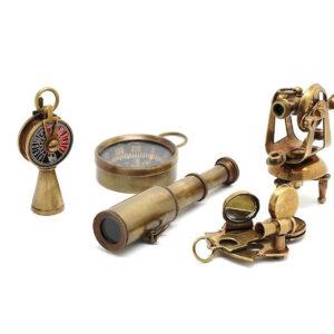 Set de instrumentos de navegacion para decorar