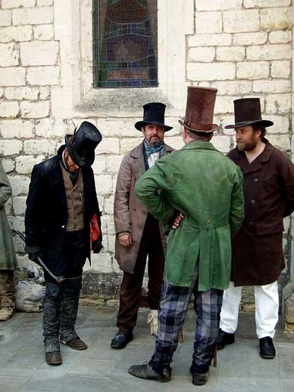 Hombres-steampunk-victorianos