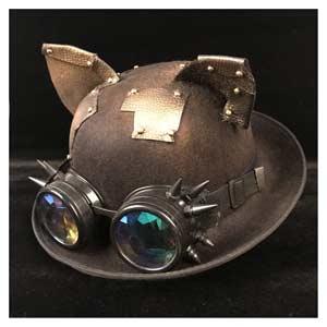 Sombrero-con-orejas-de-gato-y-detalles-de-metal